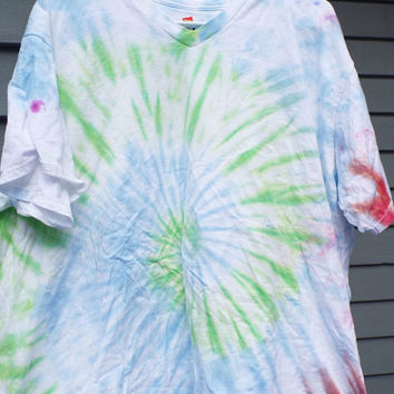 3X Tie dye Shirt, Plus Size Tie Dye Tshirt, Womens Vneck Tie Dye, Retro Plus Tie Dye 3xl, Mens Big and Tall Tie Dye Hippie Shirt, 60s Party