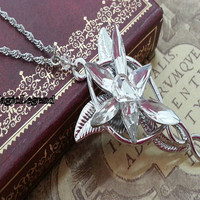 Aragorn Arwen Evenstar Necklace LOTR Lord of the Rings Pendant zircon Necklace. HN-23