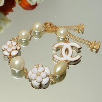 Chanel Woman Fashion Logo Flower Pearls Bracelet For Best Gift
