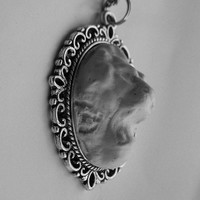 White Lion Head Pendant Necklace~~ Free shipping in continental US**