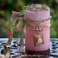 AMOUR DE L'ESPRIT™ Soul Mates Pillar Candle w/ Lovebirds, Fairytale Rose Locket, Hand Beaded Threads for Ritual to Draw Your True Love Mate