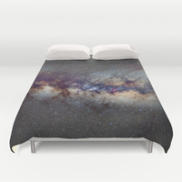 The Milky Way: from Scorpio, Antares and Sagitarius to Scutum and Cygnus Duvet Cover by Guido Montañés