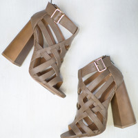 Boogie Strappy Heel