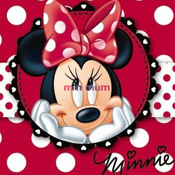 5D Diamond Painting Red Polka Dot Minnie Mouse Kit