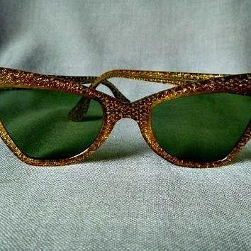 Tagre™ Fabulous Glittery Gold Cat's Eye 1960s B & L Ray Ban USA Sunglasses, Green Glass Lense