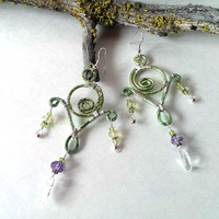 Wire wrapped earrings leaf green chandaleir style
