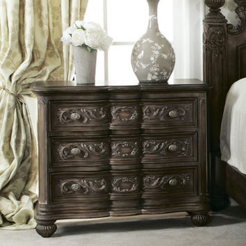American Drew Jessica McClintock 3 Drawer Bachelor Chest in Baroque