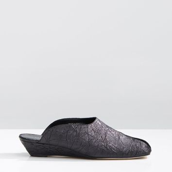 Han Metallic Slippers by Dorateymur- La Garçonne