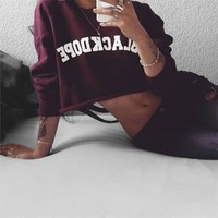 Casual Letter Pattern Print Burgundy Ripped Leaky belly button Pullover Sweatshirt