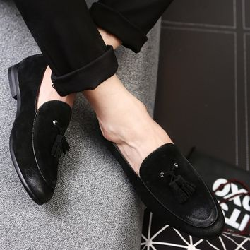 2017 New Arrival Casual Mens Shoes Suede Leather Men Loafers Moccasins Fashion Low Slip On Men Flats Shoes oxfords Shoes EPP126