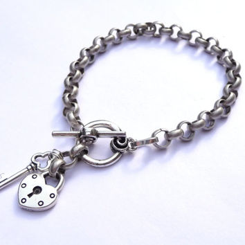 Lock and Key Charm Bracelet Antiqued Silver Plated Chunky Chain Rolo Style Custom Fashion Jewelry