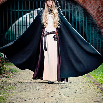 Adventurer Cape - Larp, Fantasy, Sca, Reenactment, Renessaince, Winter is Coming