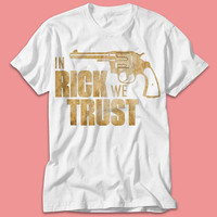 Walking Dead Inpirated 'in Rick we Trust' - TShirt - Multi Size Color
