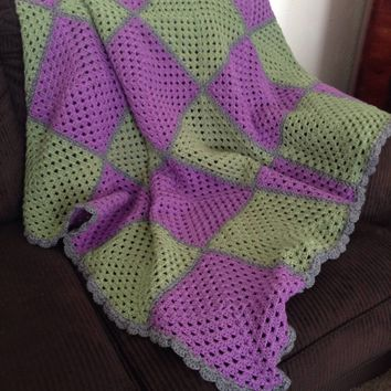E Crochet Blanket, Purple/Olive Crochet Blanket, Crochet Baby Blanket, Crochet Purple and Green Blanket, Baby Blanket, Crochet Purple Blank