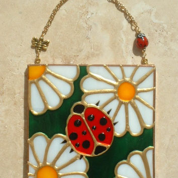 Artisan Made Ladybug Wall Hanging Stained Glass Art Panel Artwork Decor Daisy Theme Kitchen Ornament Sun Catcher Suncatcher Baby Nursery