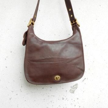 Vintage Leathe Bag COACH No.G1D - 9718 Brown Leather Shoulder or Crossbody Bag / Mediu