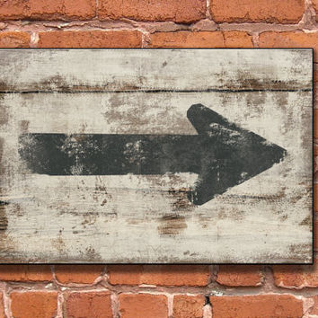 Distressed vintage looking arrow wooden sign - Handmade Approx. 13x19x.75 inches