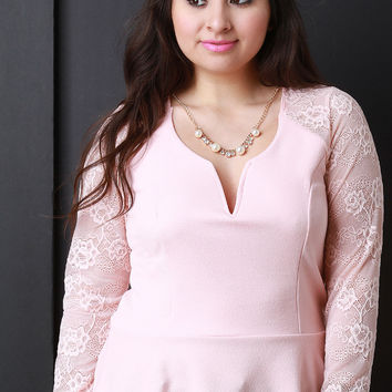Lace Sleeve Peplum Top With Necklace