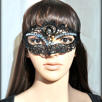 Black Lace Mask Lace Queen Mask Masquerade Mask,Sexy,Gothic,Unique Black mask,Victorian,victorian style mask, handmade, cat mask, black cat