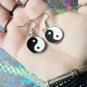 Pair of Yin Yang Charm Earrings, Pastel Goth, Soft Grunge, 90's, Kawaii Earrings, Dangle Charm Earrings
