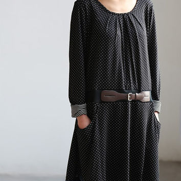 Lovely tunic Have Belt decoration in black