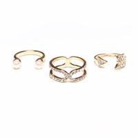Pearl & Arrow Ring Set - Gold