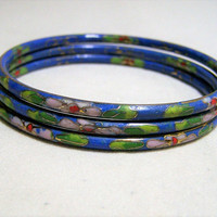 Cloisonne Blue Flower Bangle Bracelet Set, Trio, Asian Floral Design, Vintage Jewelry, Arm Party, Layering Pieces, Costume Jewellery 1112s