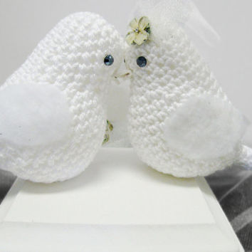 Wedding Bird Cake Topper /Crocheted Love Birds set of 2 / Wedding cake decoration/ white crocheted Wedding Birds, bride and groom lovebirds