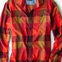 AEO Men's Plaid Button Down Shirt (Desert Red)