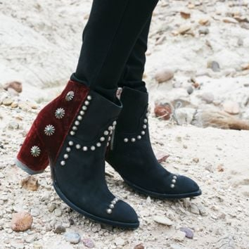 Double D Ranch Black/Wine Tahoma Boots by Old Gringo
