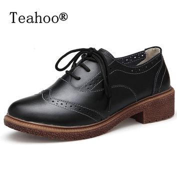 Retro Brogue Genuine PU Leather Woman Oxford Shoes British Style Vintage Cut-Outs Flat Shoes Casual Oxford Shoes for Women 2017