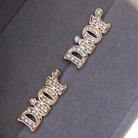 Dior is full of letter studs, which is very good for Korean ear studs