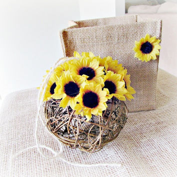 Sunflower Kissing Ball, Twig Silk Flower Wedding Kissing Ball, Sunflower Centerpiece, Sunflower Pew Decoration, Country Rustic Wedding Decor