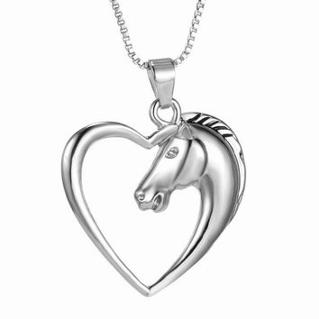ELEGANT HORSE HEART SILVER WHITE GOLD PLATED NECKLACE