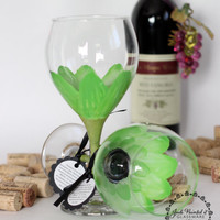 Set of 2 Lime green daisy hand painted wine glass by JudiPaintedit
