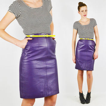 vintage 80s PURPLE LEATHER skirt / high waist leather skirt / high waist skirt / high waisted leather skirt / high waisted skirt / xs