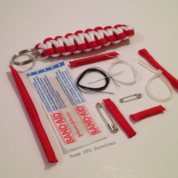 Emergency Survival 550 Paracord First Aid Keychain