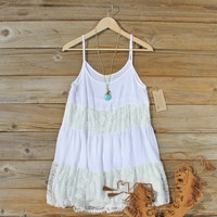 Coyote Sands Dress in White