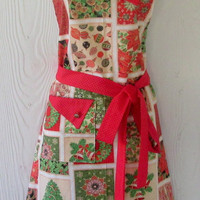 Christmas Apron, Patchwork Christmas, Red and Gold Pin Dot , Women's Full Apron, KitschNStyle