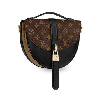 ONETOW Louis Vuitton Monogram Canvas Chantilly Lock Cross Body Handbag Noir Article: M43590
