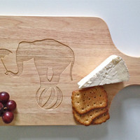 Circus Elephant Laser Engraved Cutting Board - Cheese Board - Unique Foodie Gift