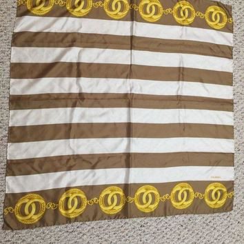 DCK4S2 CHANEL Paris 100% Silk Scarf