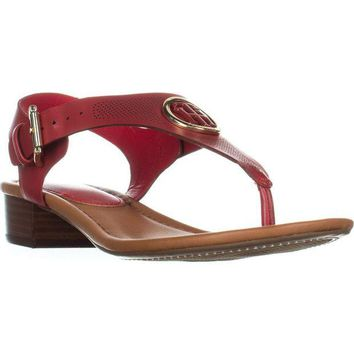 ONETOW Tommy Hilfiger Kandess Flat Thong Sandals, Medium Red, 8 US