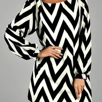 Chevron Shift Dress- Black & White