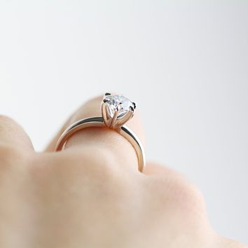 1 Carat Moissanite Engagement Ring