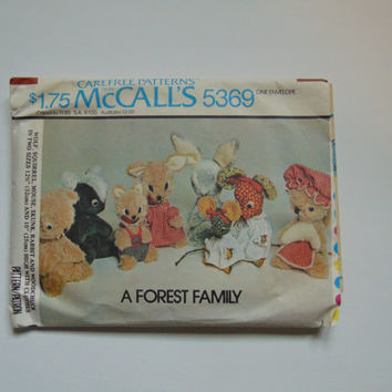 McCall's 5369 A Forest Family Vintage Stuffed Animals Sewing Pattern