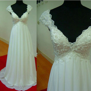 Scalloped Lace V-neck Sheath Chiffon Beach Wedding Dress with Beaded Pearls Bodice Bridal Gown Women's Dress