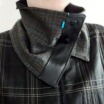 Gray and Black Unisex Men Women Soft Cozy Scarf with natural Leather and Snaps