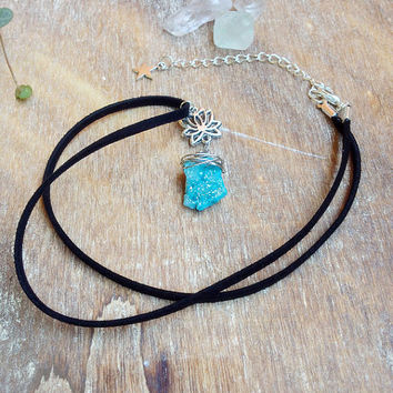 Druzy pendant necklace. Blue Agate Druzy necklace. Druzy gemstone Bohemian necklace. Lotus flower, black Suede cord. Druzy Quartz necklace