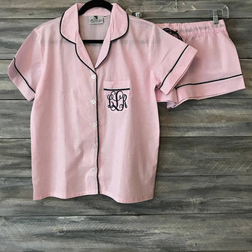 Bridesmaid pajamas, monogram pajamas, bridesmaid pjs, monogram pjs, graduation, pajamas, pjs, pajama shorts, seersucker